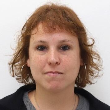 Profª. Drª. Andrea Ferrari