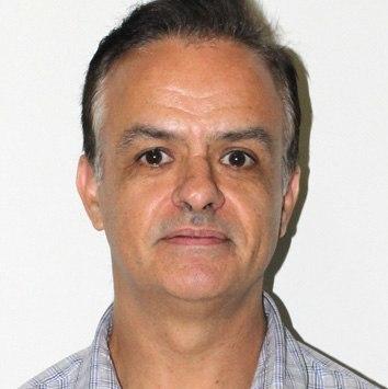 Professor Carlos Alexandre Felício Brito