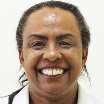 Cassia Regina da Silva Neves Custódio