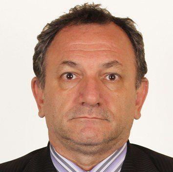 Cesar Augusto Rezende Navarro