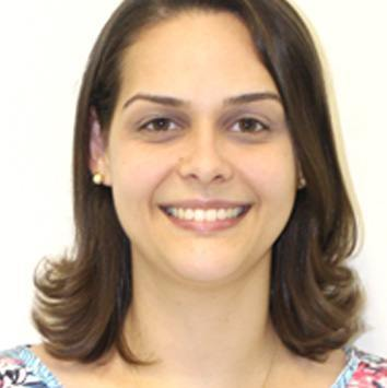 Professor Fernanda Guilhermino Magalhães
