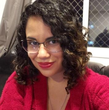 Profª. Me. Larissa Vicente Tonacio