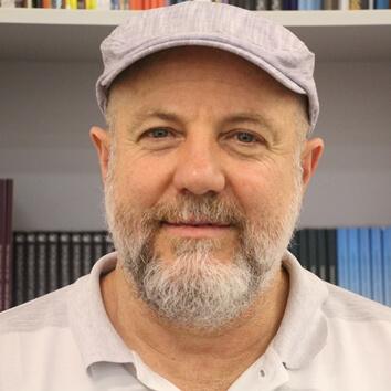 Professor Liraucio