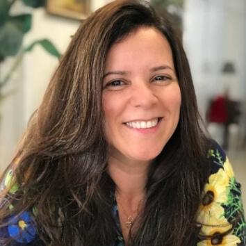 Profª. Drª. Marta Regina Paulo da Silva