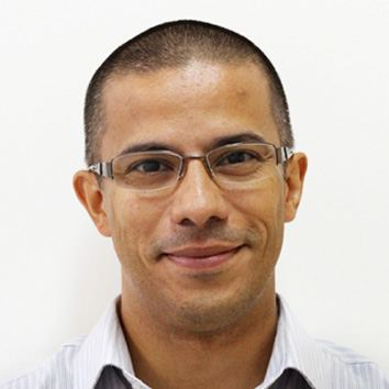 Professor Renato Figueiredo de Santana