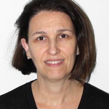 Professor Rita de Cássia de Aquino