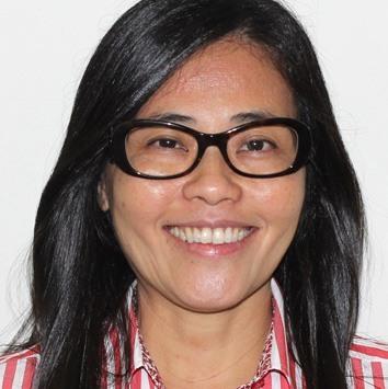 Professor Sandra Emi Kitahara